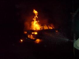 Ночью на улице Чапаева в Рязани сгорел автомобиль