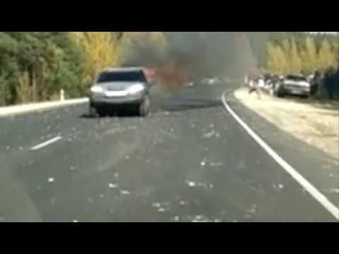 Опубликовано еще одно видео последствий страшного ДТП на Солотчинском шоссе
