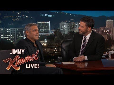 Мэтт Дэймон во время шоу уронил детей Джорджа Клуни на пол. Видео