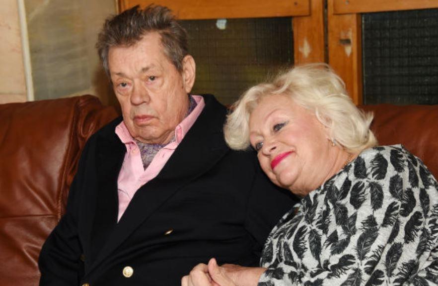 Жена Караченцова сообщила, что у ее мужа все-таки рак