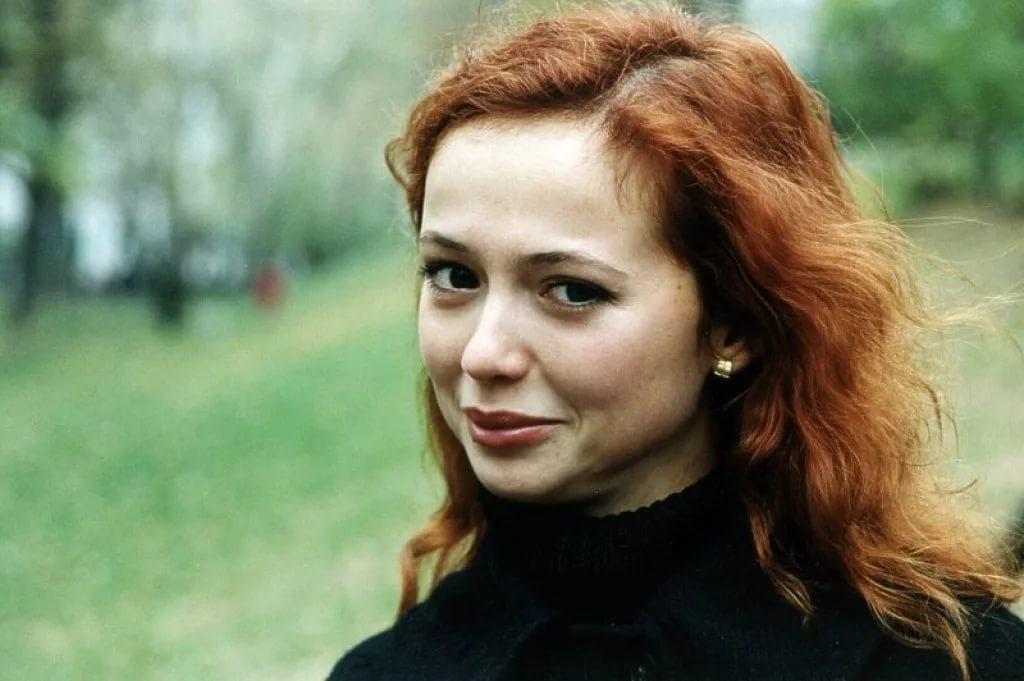 Поклонники поздравляют Елену Захарову с беременностью