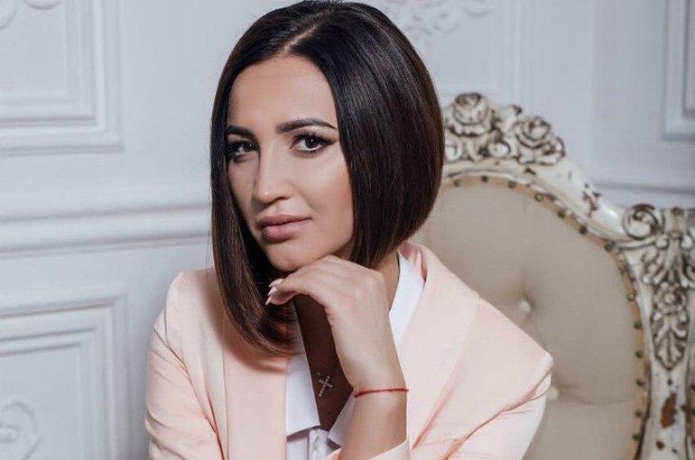 Ольга Бузова считает экс-супруга козлом