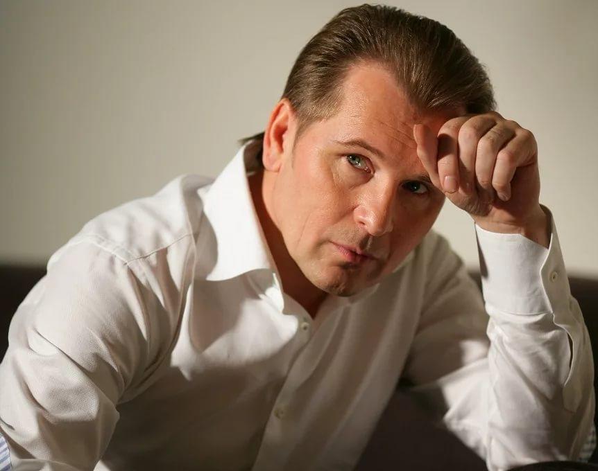 Александр Малинин бросил тяжело больного отца