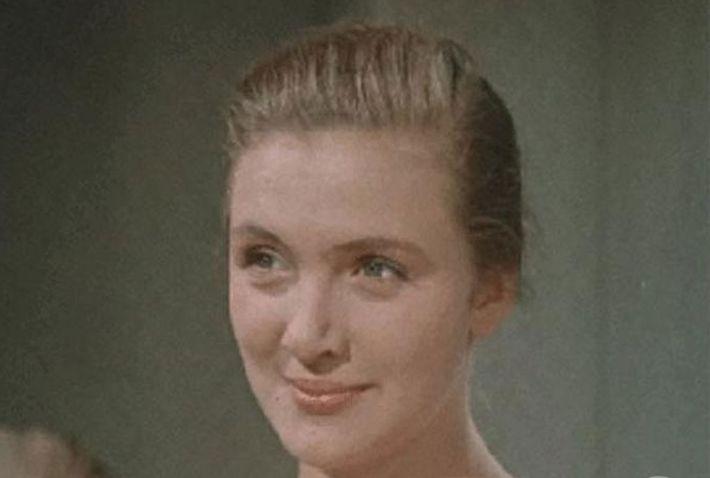 Советская красавица-актриса борется с онкологией