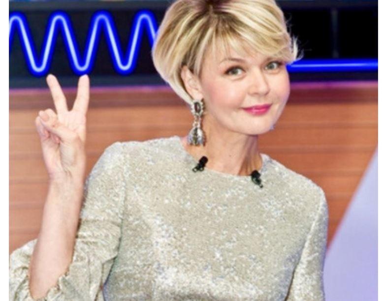 Юлия Меньшова дала комментарии по поводу своего уход из передачи «Сегодня вечером»