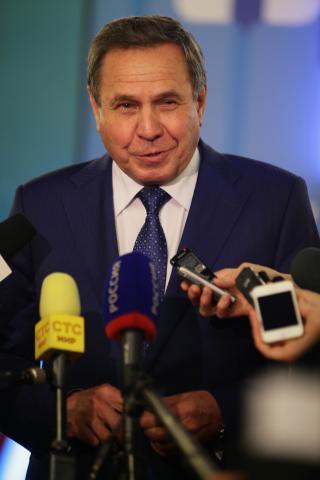 Экс-губернатору Новосибирской области выдадут «золотой парашют» — 1,6 млн рублей