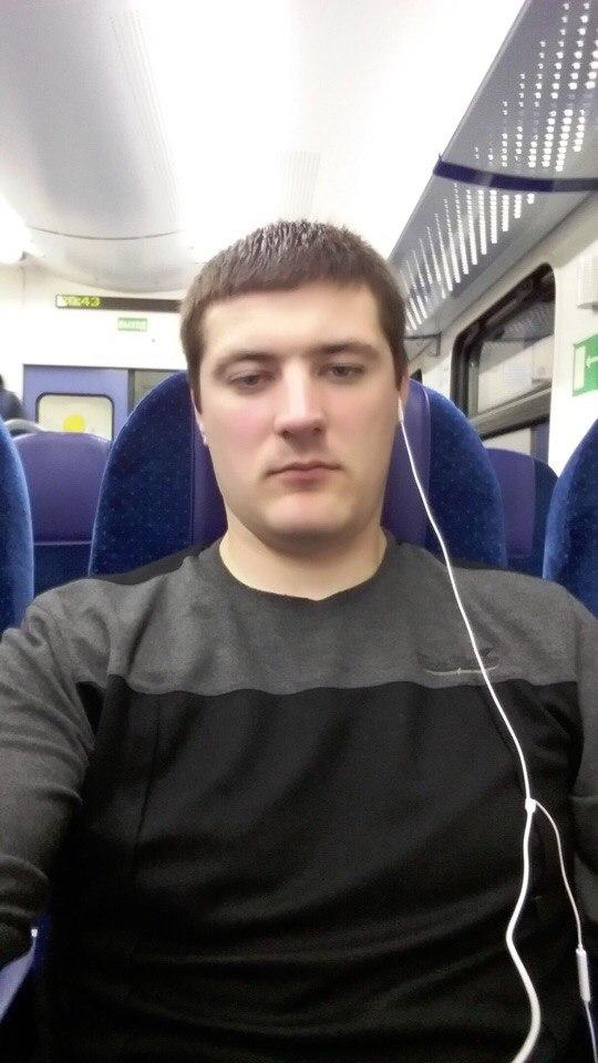 Попавшему под поезд рязанцу срочно требуется помощь