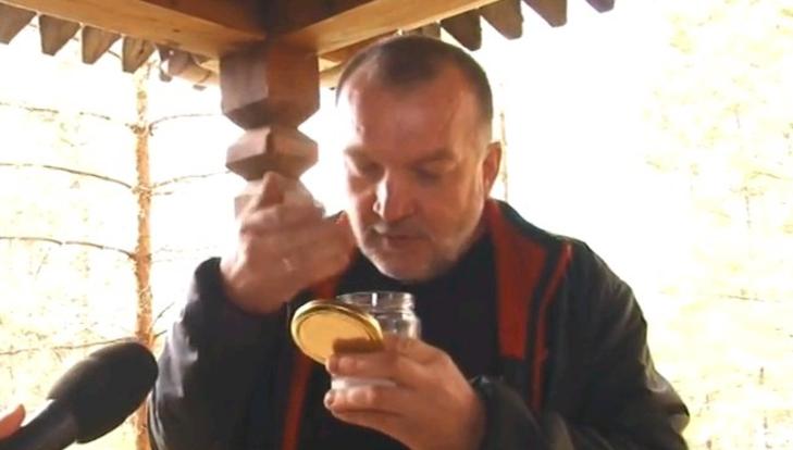 Кировский бизнесмен продает воздух в банках из села Великорецкое