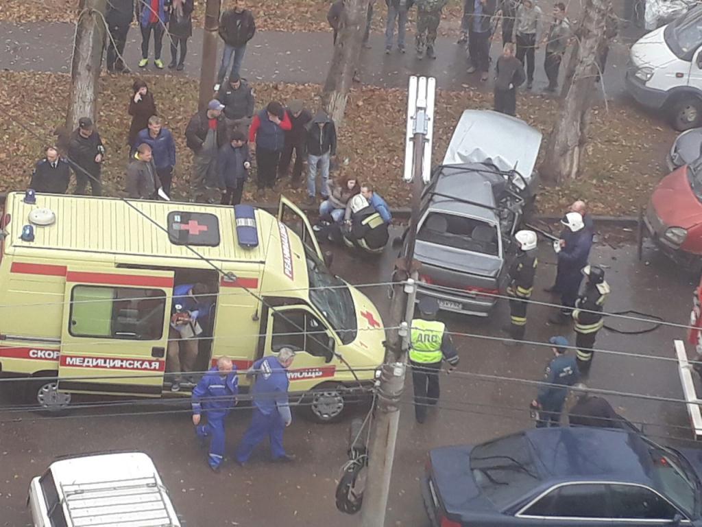 В ДТП на улице Фирсова в Рязани пострадал маленький ребенок - очевидец