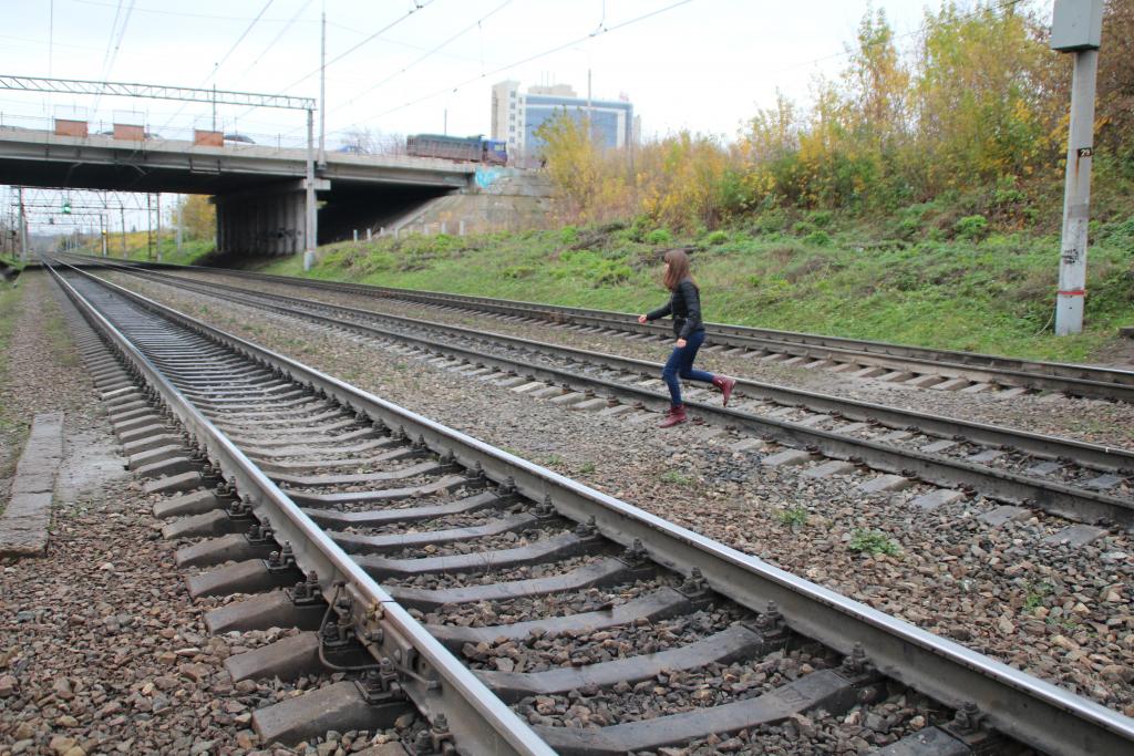 Поезд в облака — рязанцы продолжают рисковать жизнью на железной дороге