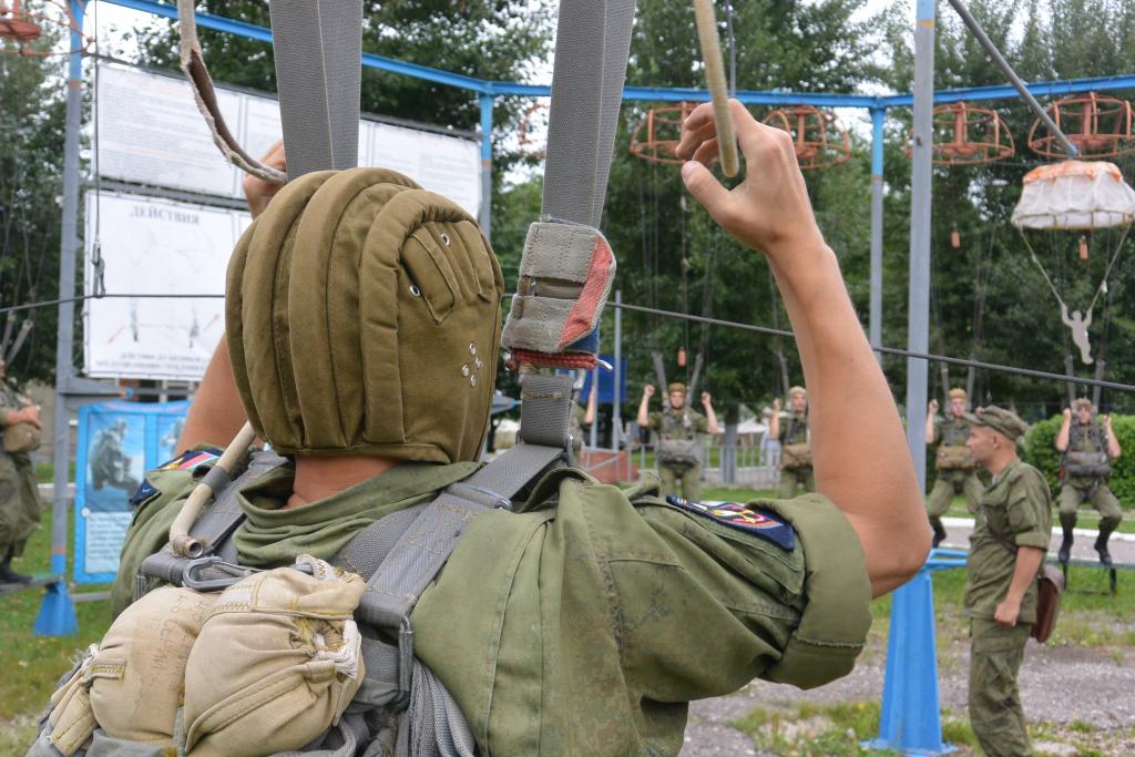 Жители села Сельцы выступили против строительства корпуса РВВДКУ
