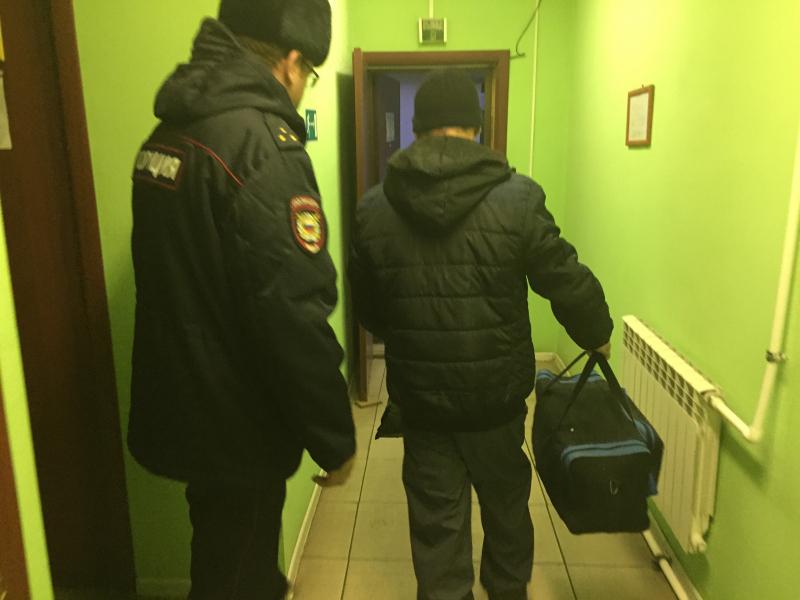 Рязанские полицейские выдворили за рубеж 11 иностранцев