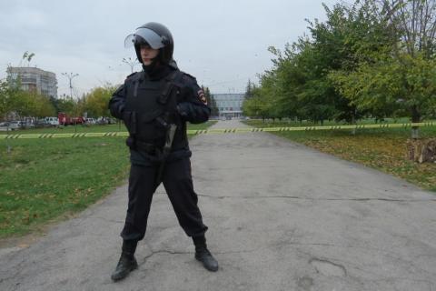 ФСБ: Звонки о минировании совершали 4 россиянина из-за границы