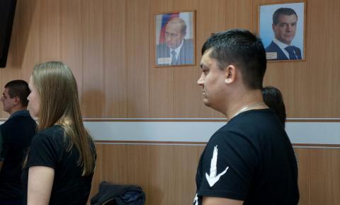 Семеро иностранцев из Казахстана и Украины присягнули России в Бердске