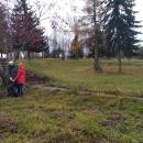 Коммунальщики Бердска вышли на субботник в Парк Победы