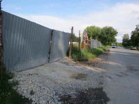 Дарят горожанам грязь на колёсах машины со стройплощадок в Бердске