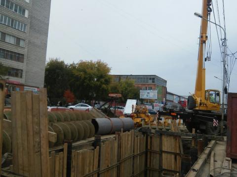 К 1 ноября завершат строить коллектор на ул. Первомайской в Бердске