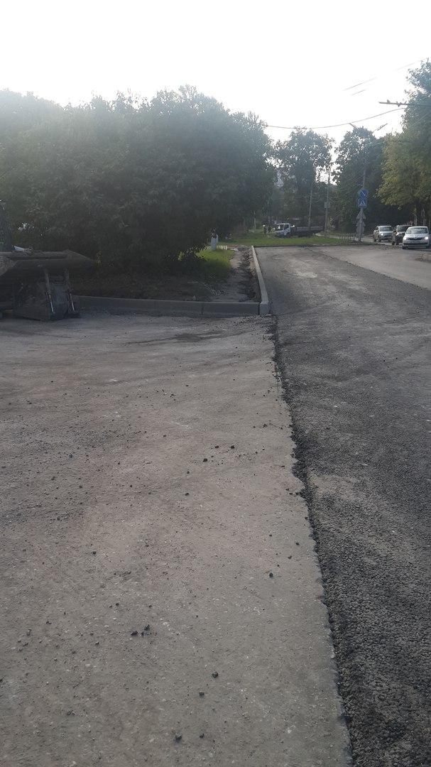 На Братиславской разбитая дорога может привести к несчастным случаям