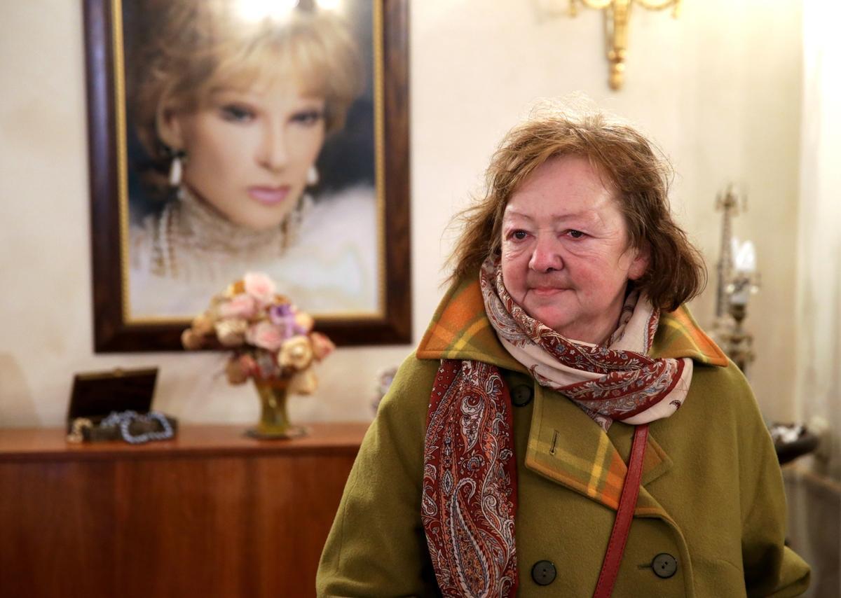 Дочь Людмилы Гурченко скончалась перед встречей с братом в передаче Андрея Малахова