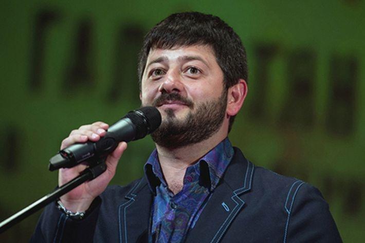 Михаила Галустяна оскорбила рекламы шаурмы