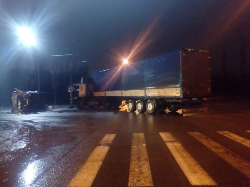 Два человека пострадали в серьезном ДТП на трассе М-5
