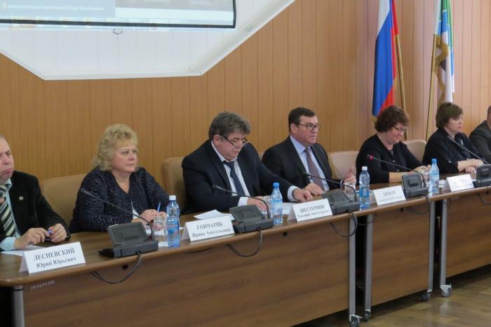 Доступную среду для инвалидов в Новосибирской области заволокитили