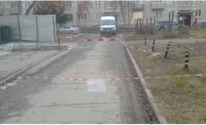 Незаконно устанавливать блоки во дворах Бердска