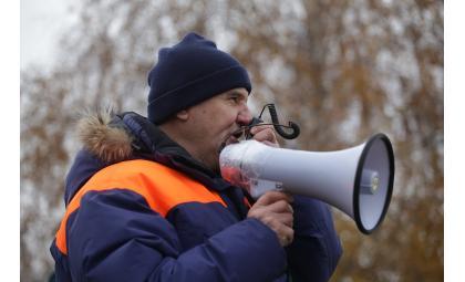 МЧС просит жителей Бердска не выезжать на водоёмы из-за непогоды