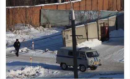 Бетонными блоками РЖД закрыла проход у котельной «Вега» в Бердске