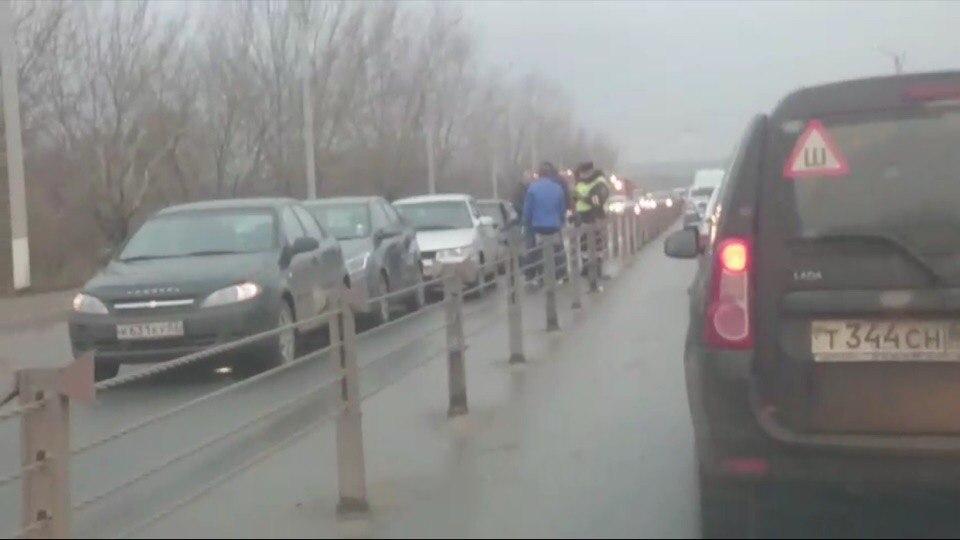 На Северной окружно столкнулись сразу четыре автомобиля