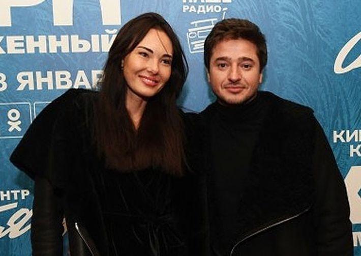 Иван Стебунов закрутил роман с моделью