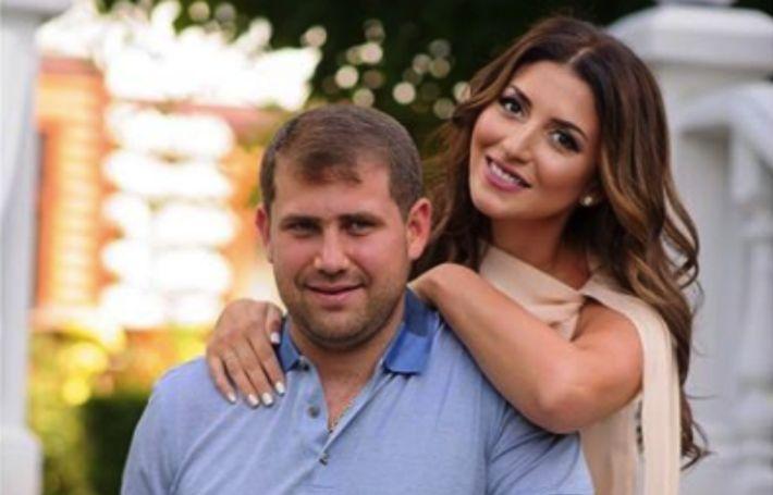 Приговоренный в тюремному сроку супруг Жасмин остается на свободе