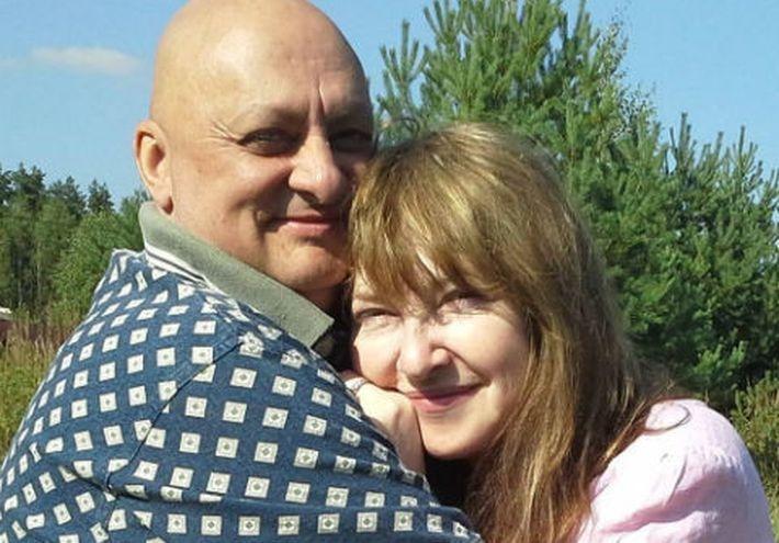 Катя Семенова не смогла простить мужу измену