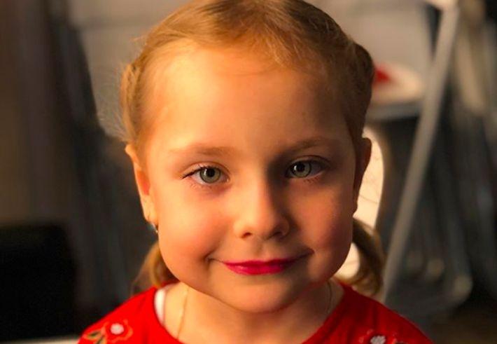 Мамина копия: Светлана Пермякова показала подросшую дочь