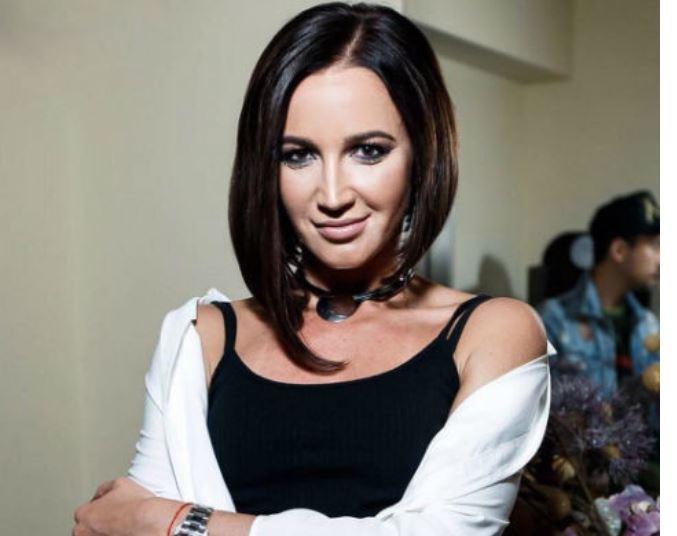Ольга Бузова начала думать об увеличении груди