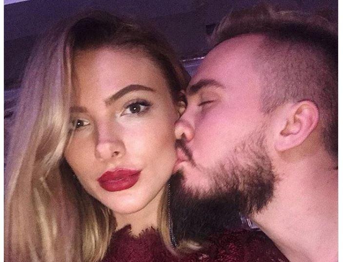 Экс-супруг Виктории Дайнеко перестал скрывать новую девушку