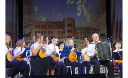 Стипендию главы Бердска за заслуги в культуре и искусстве получат 20 детей