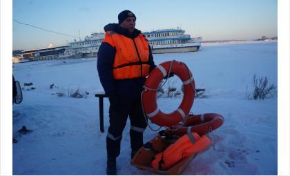 За нарушения правил выхода и выезда на лёд оштрафуют бердских рыбаков