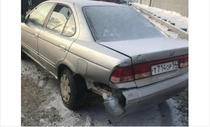 Полиция разыскивает автомобиль Honda Integra серого цвета в Новосибирске