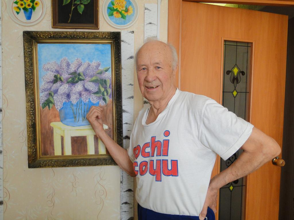 85-летнийхудожник украсил своими картинами две рязанскиебольницы