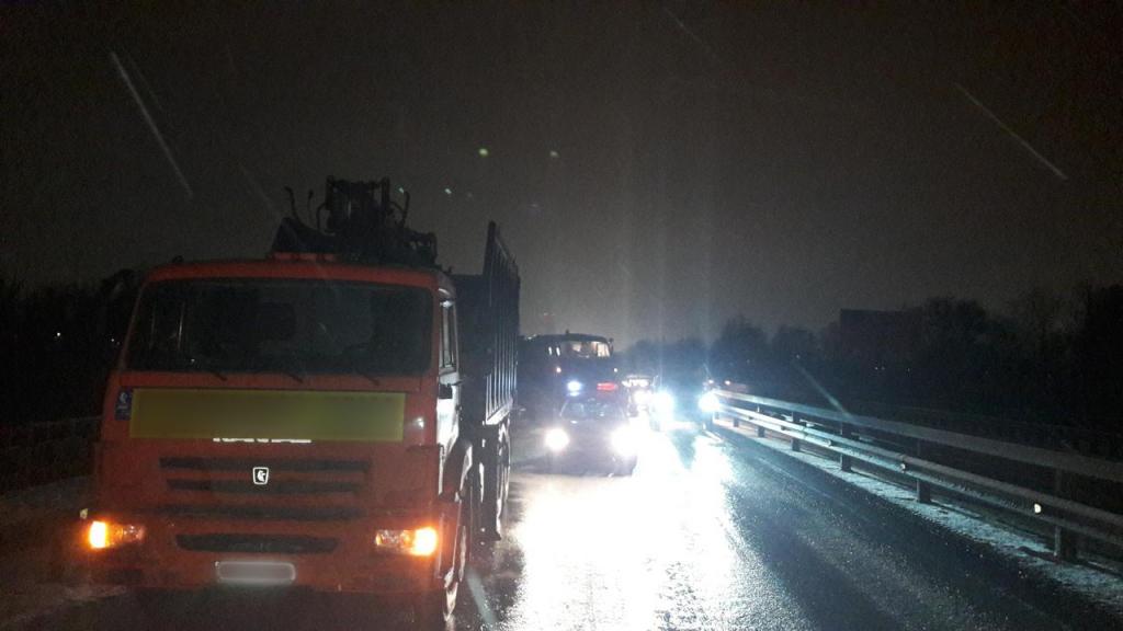 В ГИБДД рассказали подробности массового ДТП с участием военного грузовика