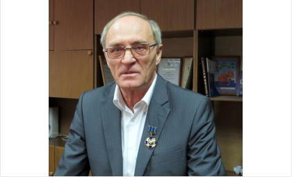 Генпрокурор Чайка наградил бердского экс-прокурора за верность закону