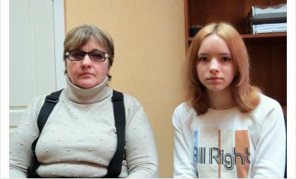 Из-за мемов про учителей выпускниц выгоняют из школы в Бердске