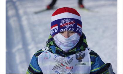 Спортивная новогодняя афиша Бердска
